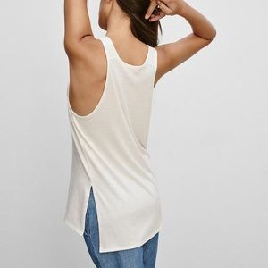 ARITZIA / WILFRED FREE / FLOWY WHITE TANK TOP